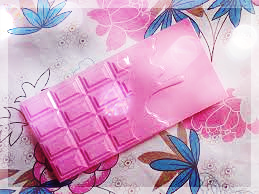 Makeup Revolution Pink Fizz Palette recenzia
