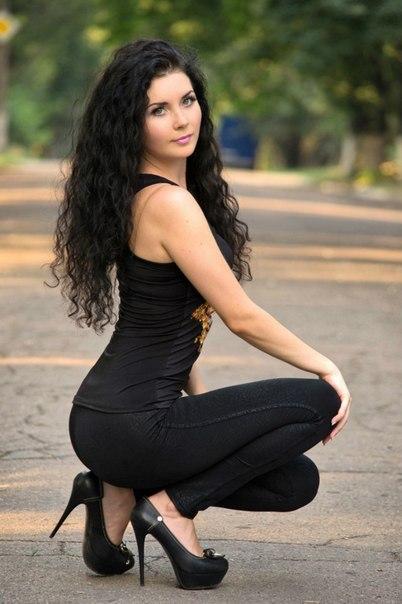 Charming Russian Model pics. Sweet Russian model pic