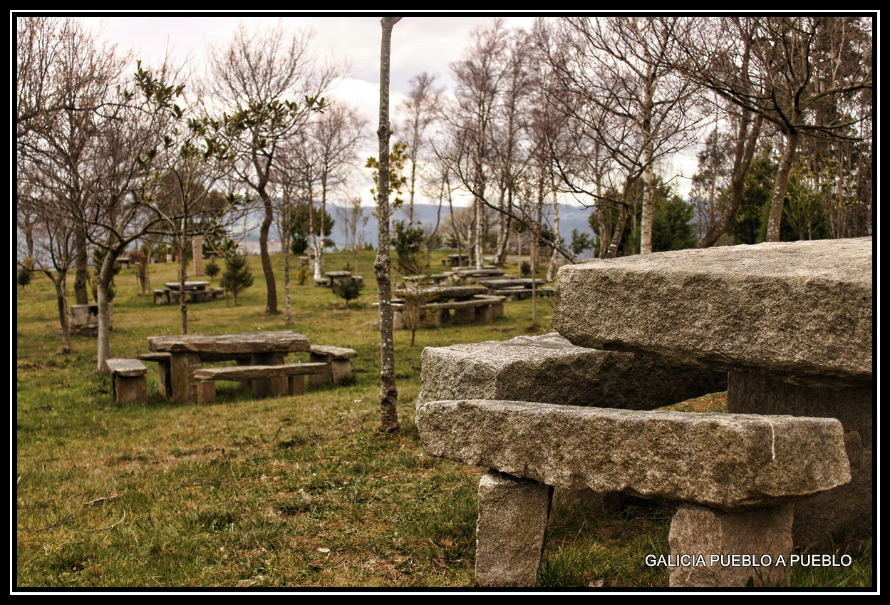 Galicia pueblo a pueblo mirador de san roque viveiro for Campo de tiro las mesas