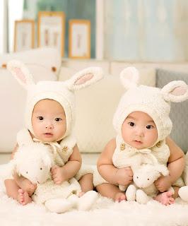 Tanda-Tanda dan Gejala Kehamilan Kembar