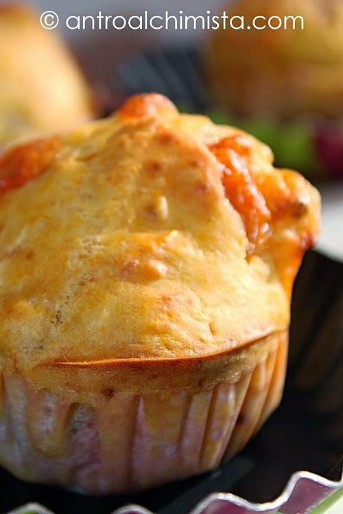 Muffins con Zucca, Tonno e Scamorza Affumicata