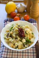 (salatka z kuskusem i daktylami