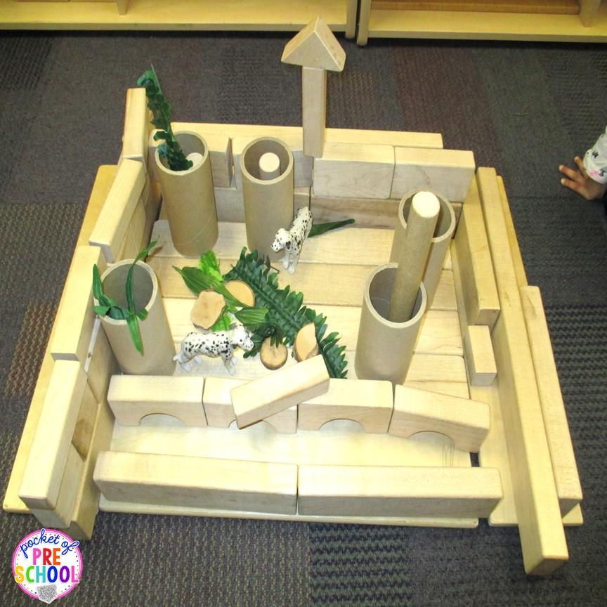 Stem Art Daycare Preschool: Blocks & STEM Center... Building Pet Homes (a FREEBIE