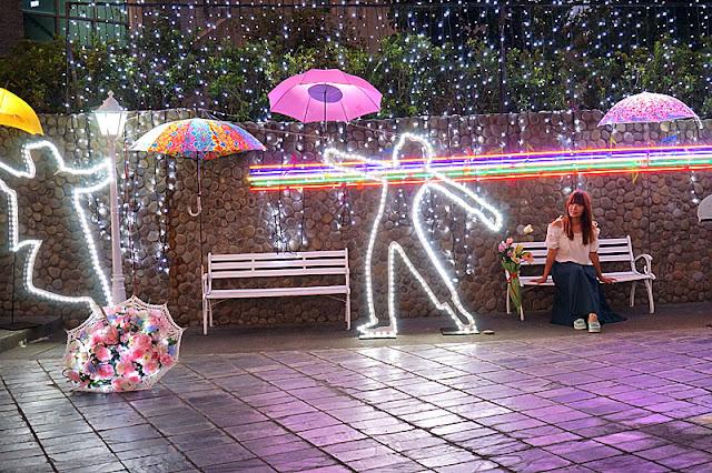 DSC06493 - 太平景點│臺中市屯區藝文中心傘亮花博裝置藝術,帶我走或把傘留給我