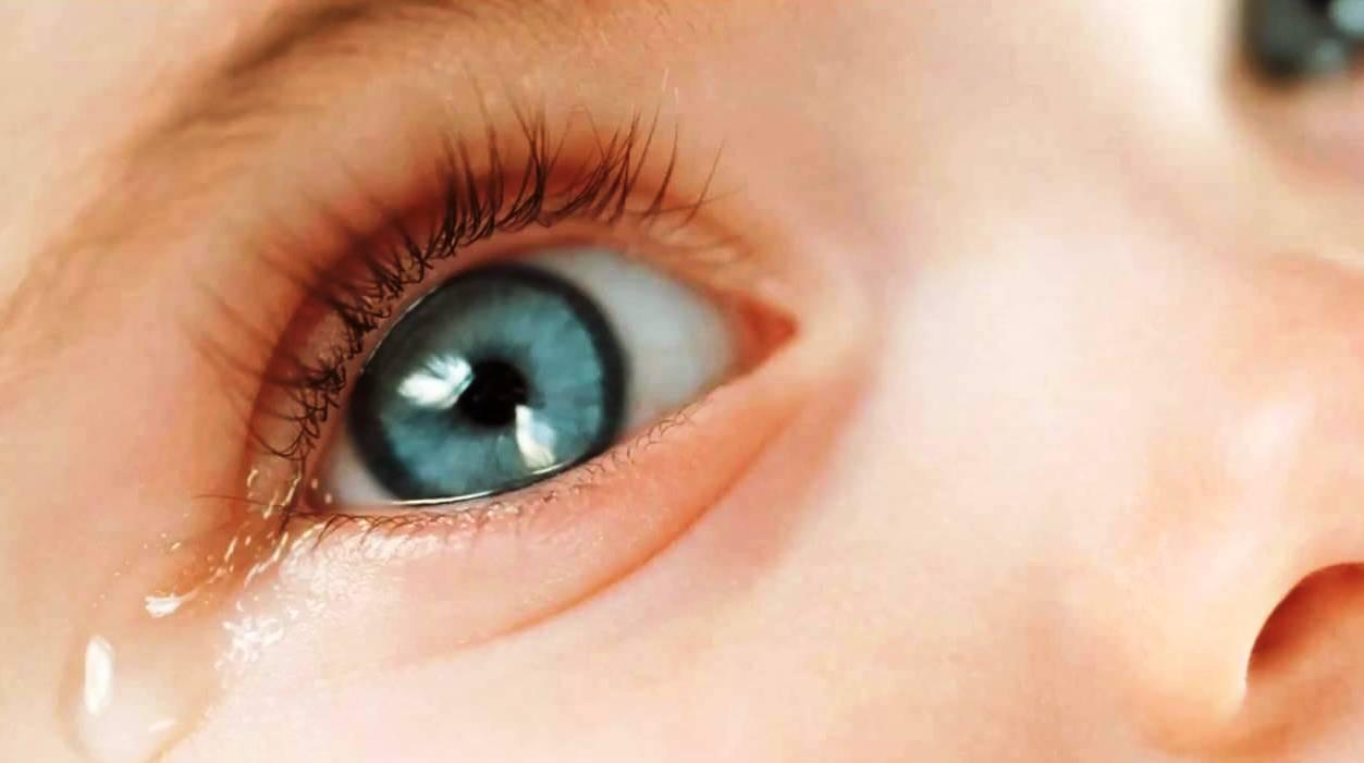 Trẻ sơ sinh có bị lây đau mắt đỏ không_44