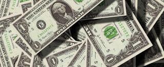 سعر الدولار اليوم و حالة الاستقرار و الثبات في سوق الصرافة ما بين آراء خبراء المال والاقتصاد