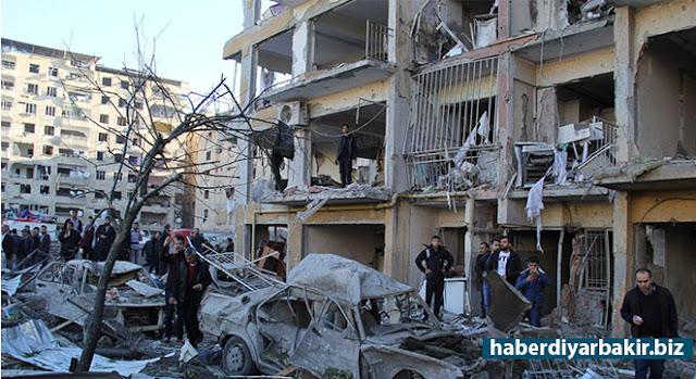 DİYARBAKIR-Diyarbakır Valiliği, Bağlar ilçesinde bomba yüklü minibüsle gerçekleştirilen saldırıya ilişkin açıklama yaptı. Açıklamada, saldırının bazı bazı haber organlarında IŞİD tarafından üstlenildiğine yer verilerek, bunu farklı algılar oluşturma çabaları olduğuna dikkat çekildi.