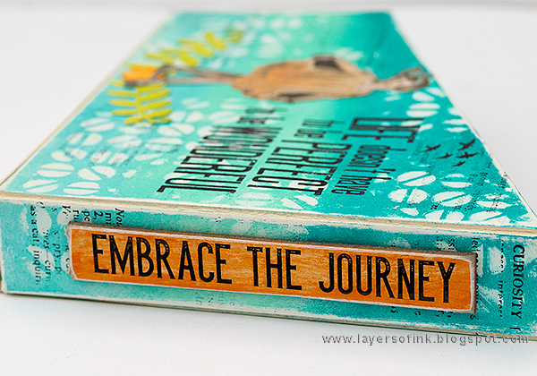 Layers of ink - Mini Magazine Holder Tutorial by Anna-Karin Evaldsson with Eileen Hull Sizzix Book Club dies