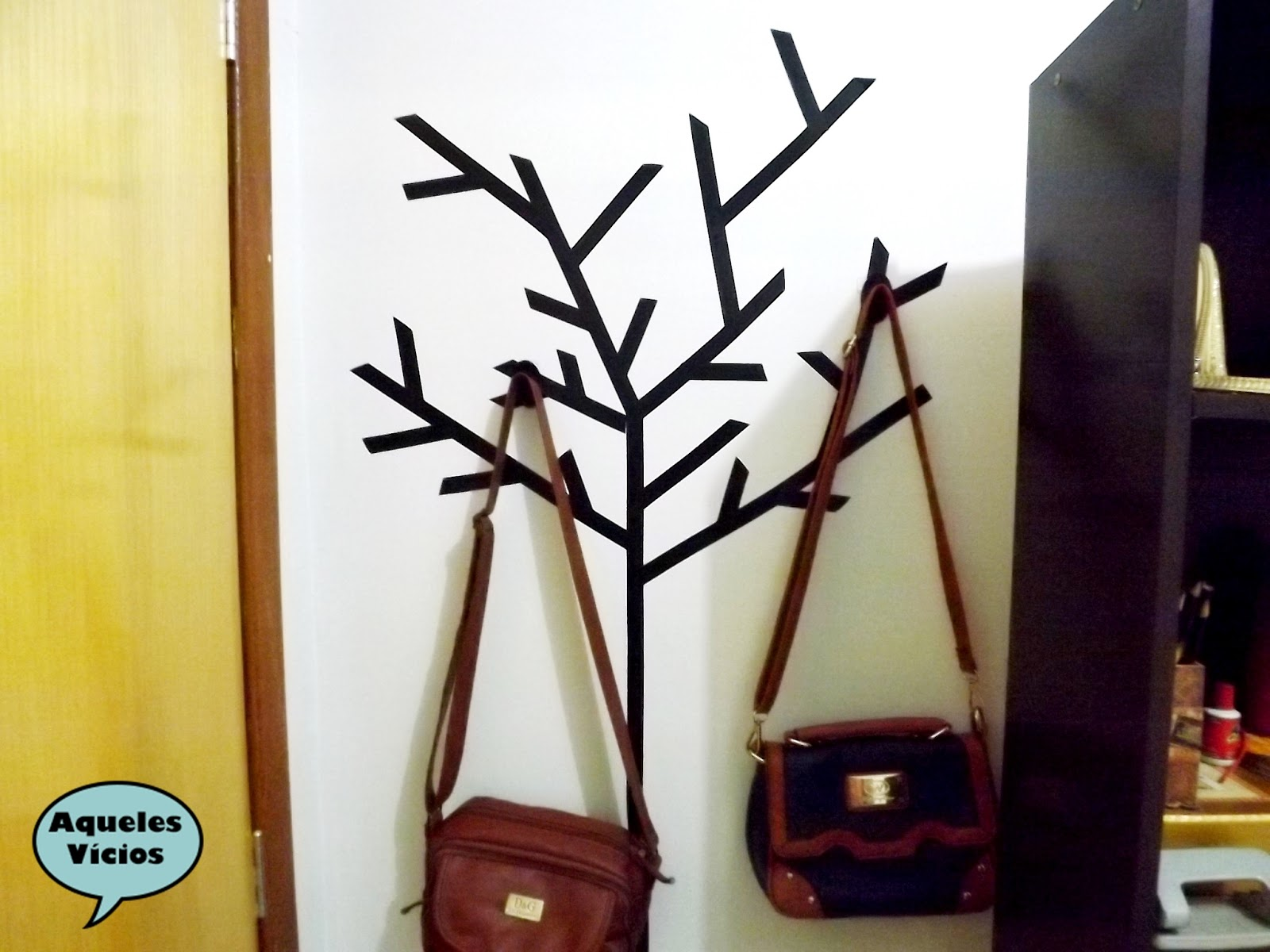 decoração com fita isolante