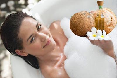 Cách làm trắng da toàn thân tại nhà bằng dầu dừa