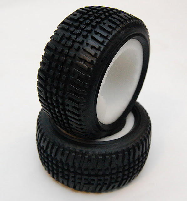 Team Associated SC10 kit tires