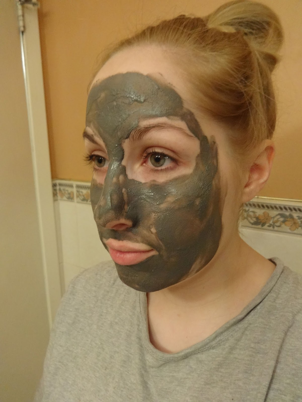 Dermalogica Charcoal Rescue Masque - Review - Spill the Beauty