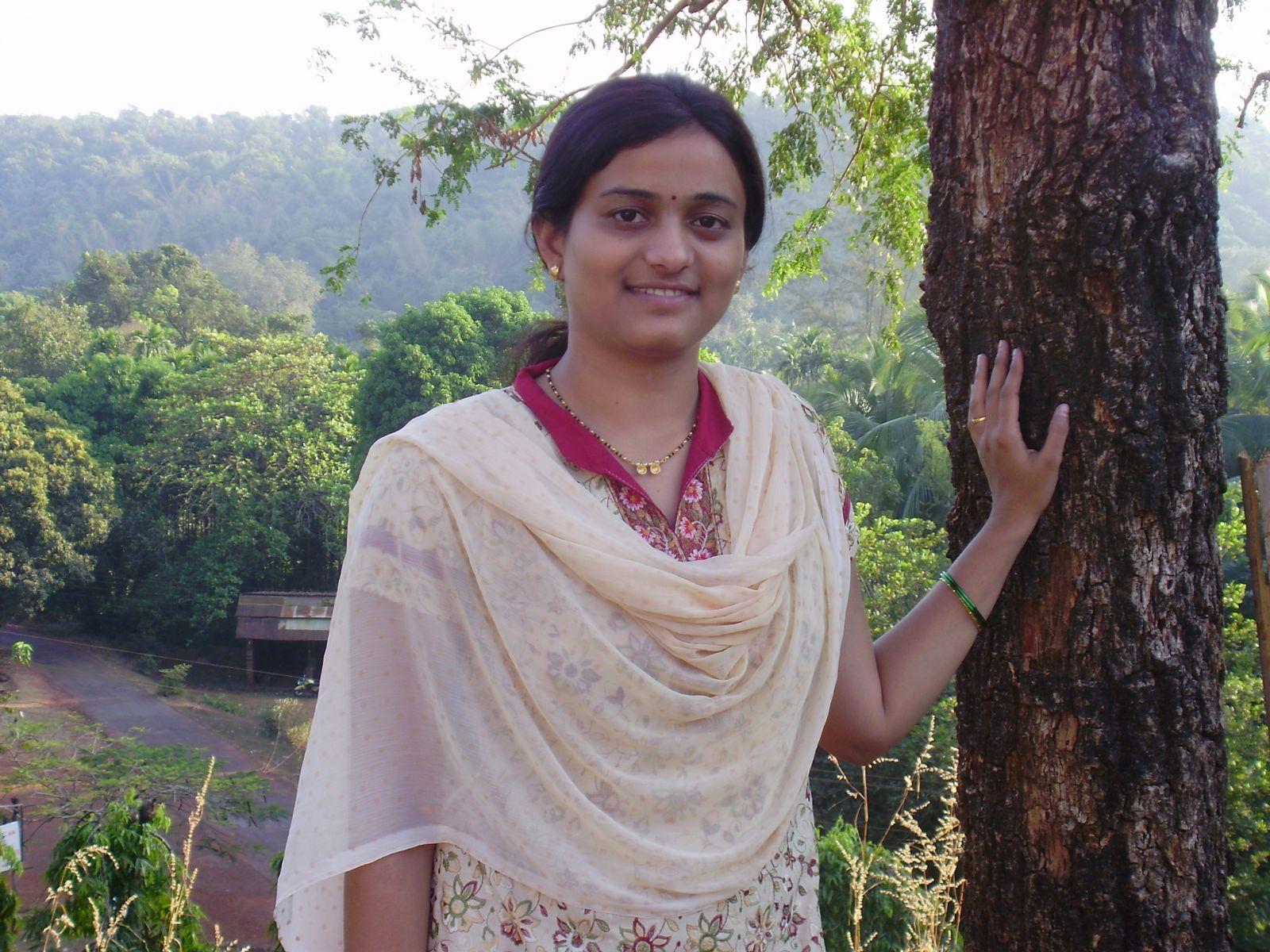 Smile Beauty TamilAunties girls - Beauty Tamil Nadu