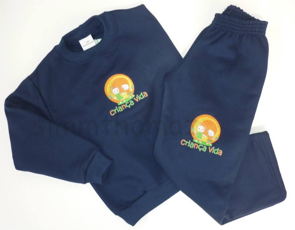 Uniformes personalizados para a Escola Criança Vida. Camiseta em meia malha  100% algodão fio 30 penteado com aplicação em serigrafia. 88c88e9036e38