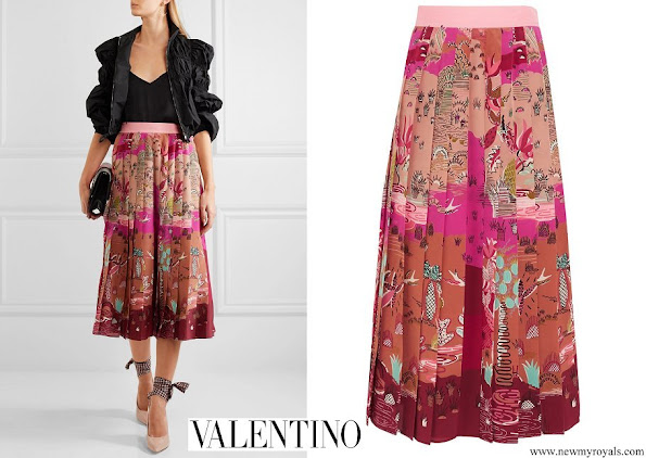 Crown Princess Mary wore Valentino Pleated printed silk crepe de chine midi skirt