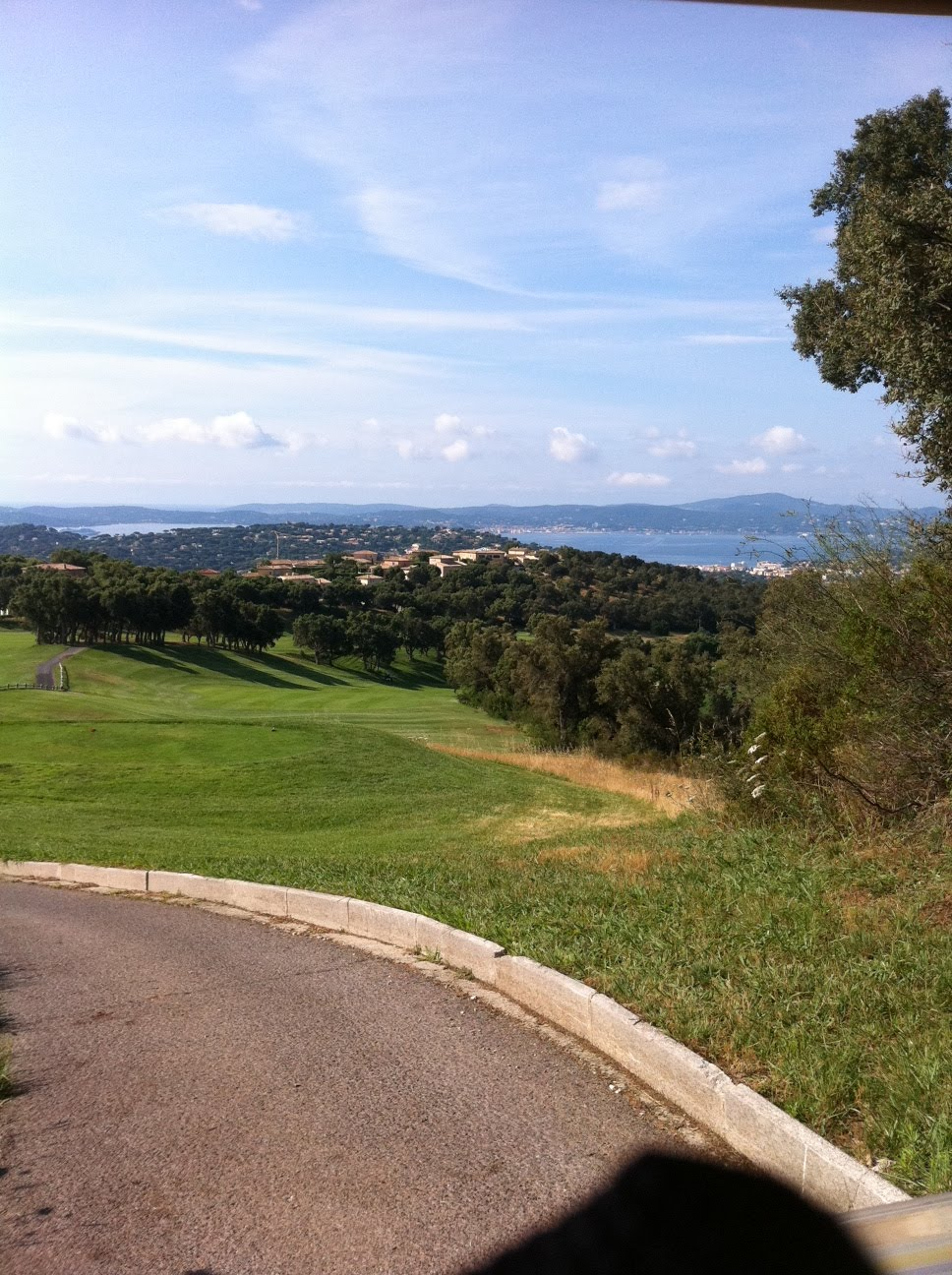 gulf of st tropez life golf in st maxime. Black Bedroom Furniture Sets. Home Design Ideas