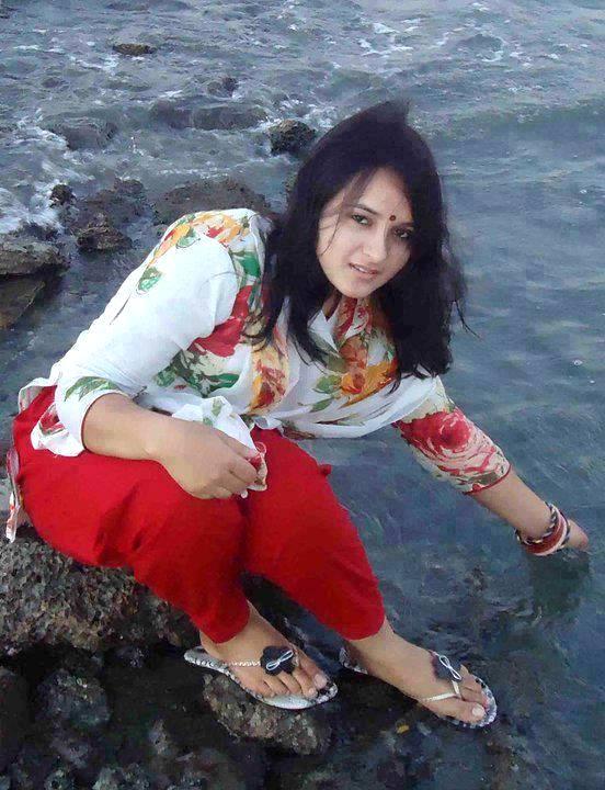 Beautiful  Hot Girls Wallpapers Bengali Hot Girls