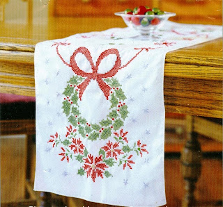 Christmas Wreath Holiday Tidings White Tablerunner Cross Stitch Kit