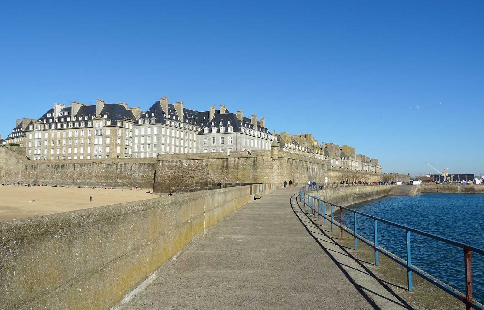 City Guide Saint Malo môle des noires