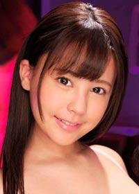 Actress Shion Yumi