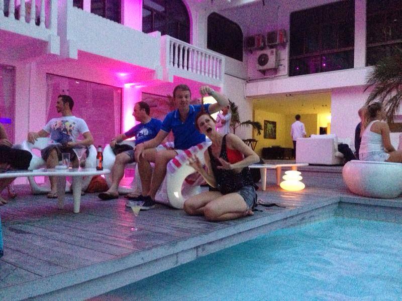 Plavky, dámské plavky, bikiny, bikini, bandeau plavky, růžové plavky, neonové plavky, růžové neonové plavky, růžové neon plavky, oranžové plavky, oranžové neonové plavky, oranžové neon plavky, plavky USA, plavky s americkou vlajkou, americká vlajka, bandeau růžové plavky, bandeau oranžové plavky, moderní plavky, plavky 2014, plavky 2015, moderní plavky, modré plavky, modré bandeau plavky, černé plavky, černé bandeau plavky, plavky na malá prsa, push up plavky, pushup plavky, bílé plavky, bílé bandeau plavky, kytičkované plavky, kytičkované bandeau plavky, žluté plavky, neonové plavky, žluté zářivé plavky, žluté neonové plavky, proužkované plavky, funky plavky, růžové plavky, VS plavky, plavky Victoria Secret, levné plavky, výprodej plavek, tyrkysové plavky, zebrované plavky, mixované plavky, levný eshop, eshop s poštovným zdarma, moderní dámské oblečení, Bangkok Ocean Hotel, Hotel v Bangkoku