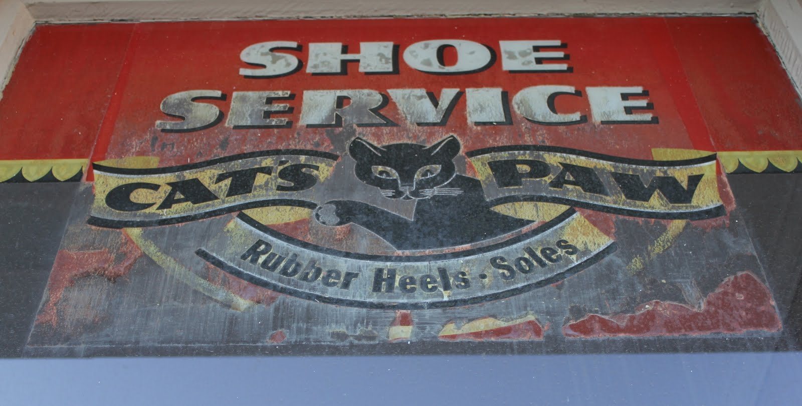 The San Fernando Valley Mercantile Co Cat S Paw Rubber
