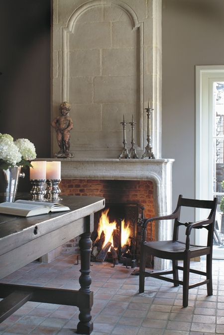 limestone fireplace surround, trumeau, 't Achterhuis Historische Bouwmaterial (nl) as seen on linenandlavender.net - http://www.linenandlavender.net/2013/03/more-to-admire-from-t-achterhuis-nl.html