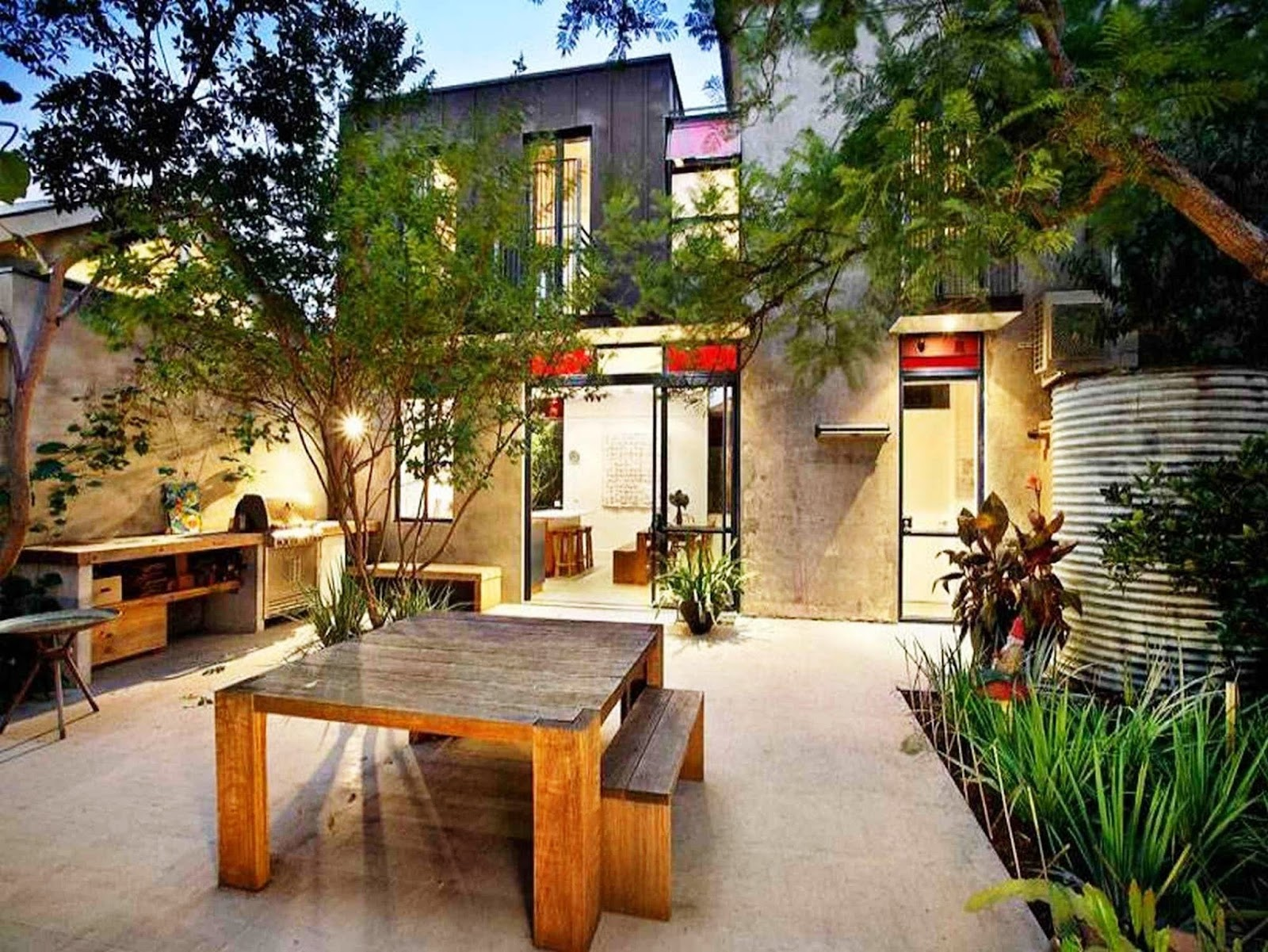 Contoh Desain Taman untuk Rumah Mewah
