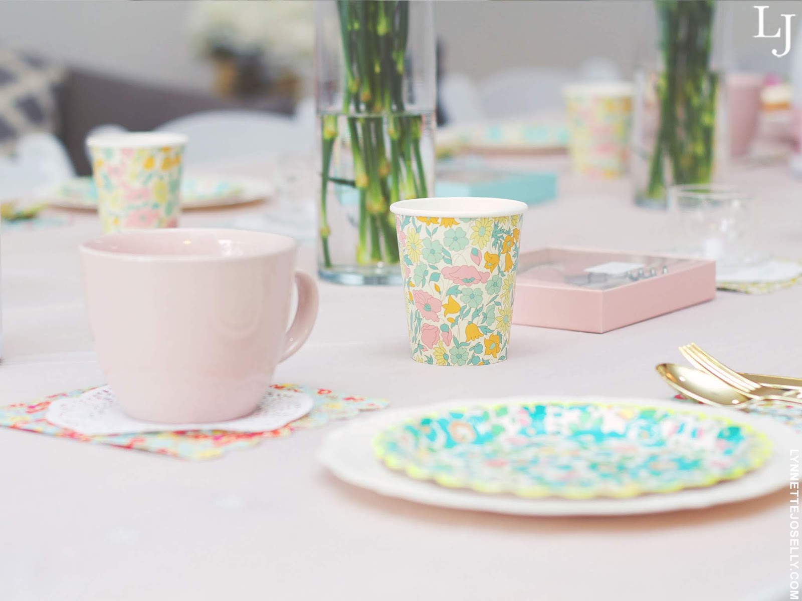 tea-party-ideas-table-decor