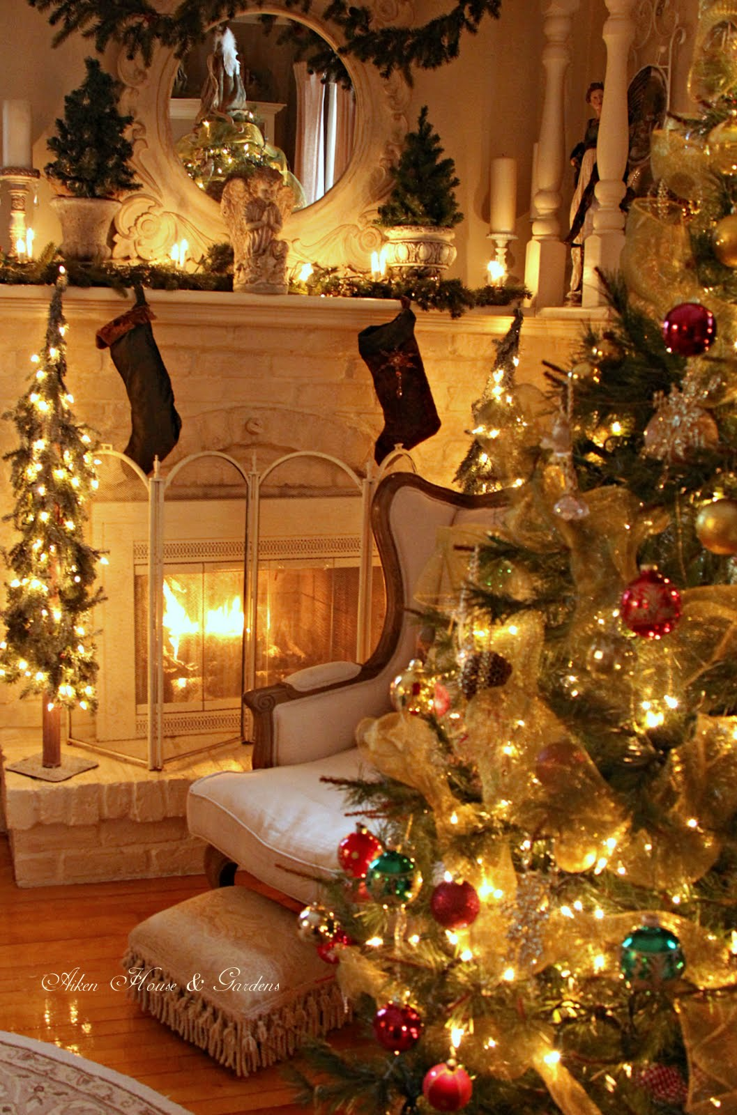 Decoration Cosy Aiken House And Gardens Warm And Cozy Christmas