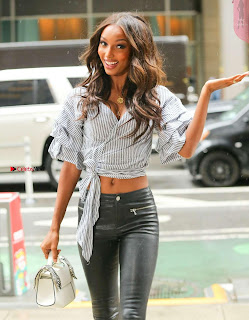 Jasmine-Tookes-Arriving-at-the-Victorias-Secret-fitting-_027+%7E+SexyCelebs.in+Exclusive.jpg