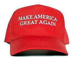 Mujer reprende a hombre de 74 años por usar gorra apoyando a trump
