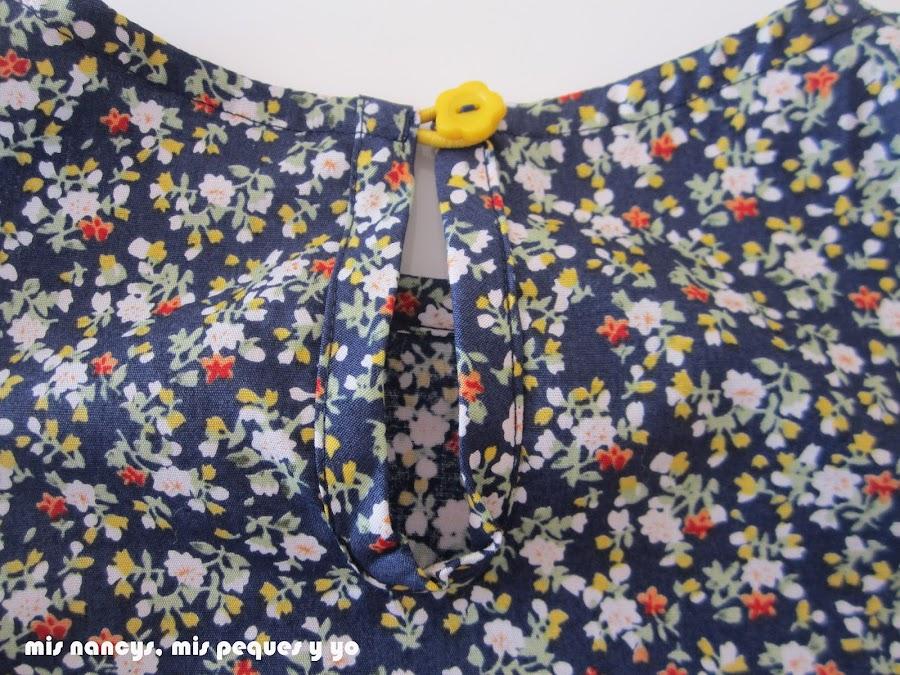 mis nancys, mis peques y yo, tutorial blusa sin mangas niña (patrón gratis), blusa terminada detalle abertura