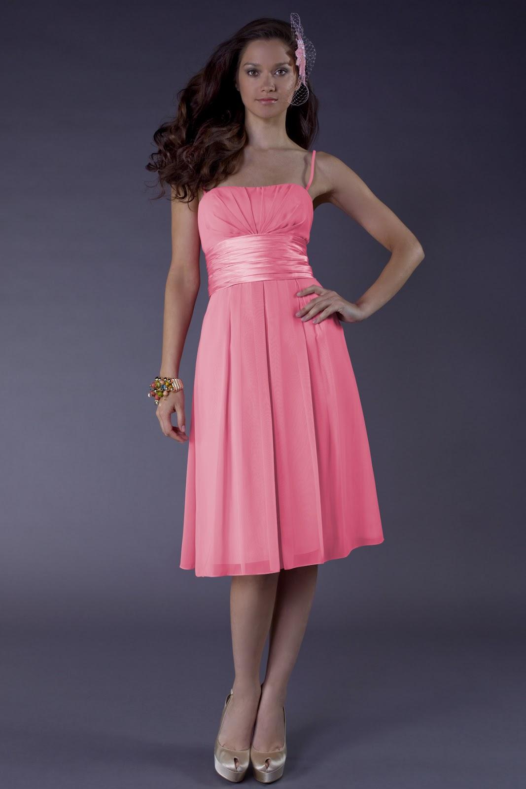 Luxus Brautkleid Online Blog Wie whlt man Brautjungfernkleid Farben fr Ihre SommerHochzeit