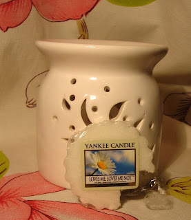 http://makeuplista.blogspot.com/2014/01/odprezenie-z-yankee-candle.html