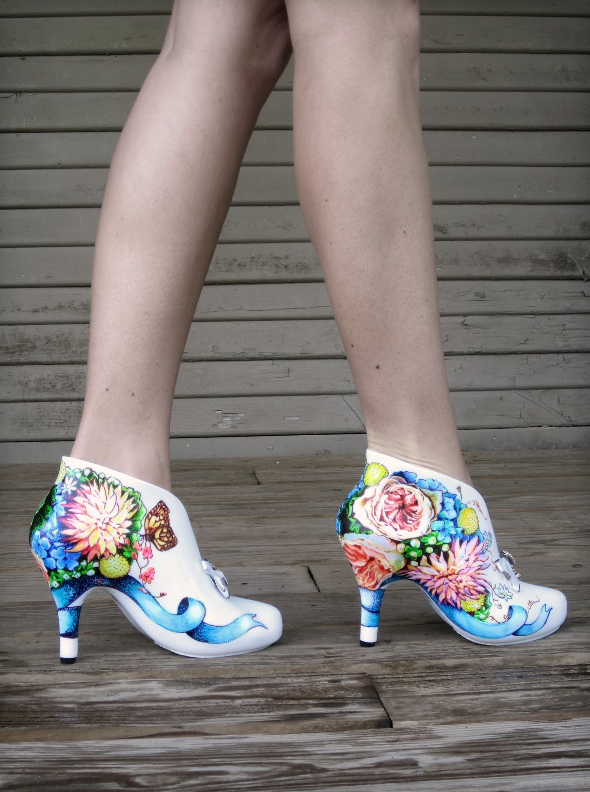 08 cinderella wedding shoes Each bride has different wedding colors and with this line of Bouquet Wedding Shoes