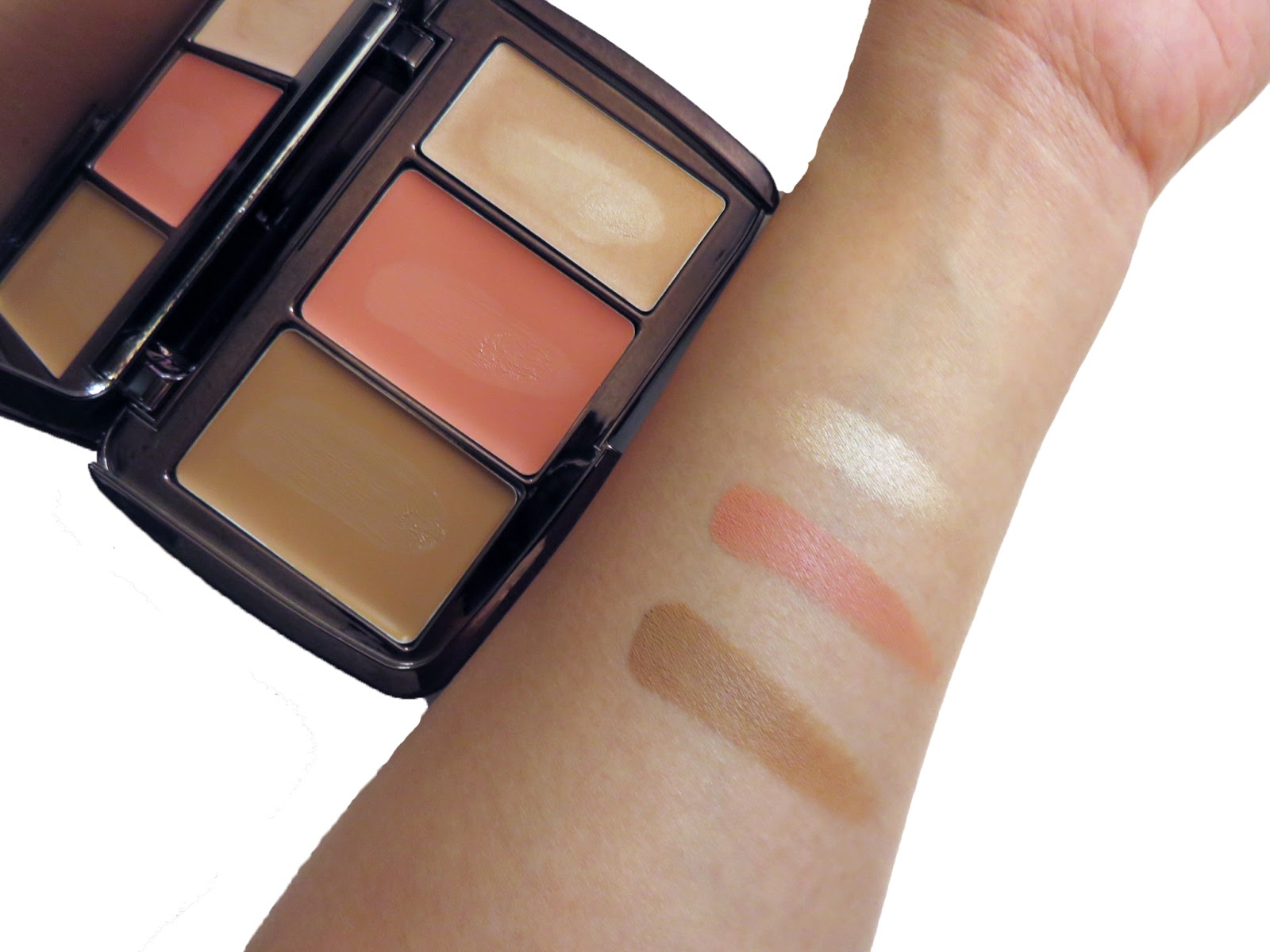Illume Sheer Color Trio by Hourglass #9