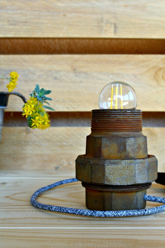 paroladordine-leintervistecreative-tubidesign-lampada-bulloni