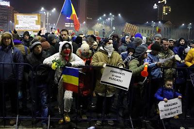 amnesztia, büntető törvénykönyv, Grindeanu-kormány, Klaus Iohannis, közkegyelem, Liviu Dragnea, Sorin Grindeanu