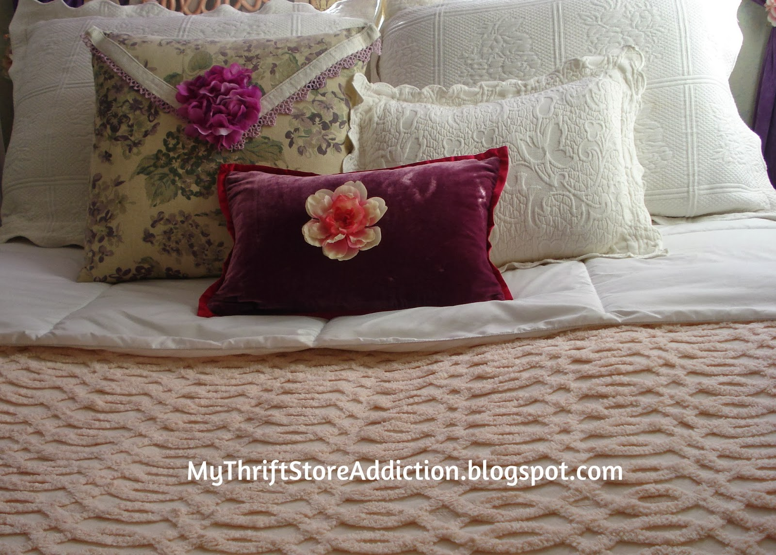 Vintage linens and bedding