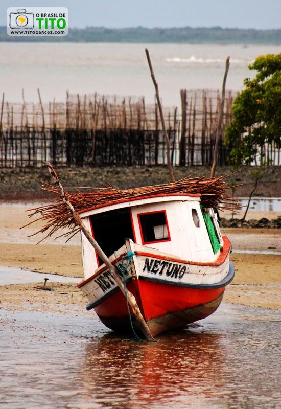 Pô-pô-pô Netuno na praia da Caixa d'água, na vila do Algodoal, na ilha de Maianeua, no Pará