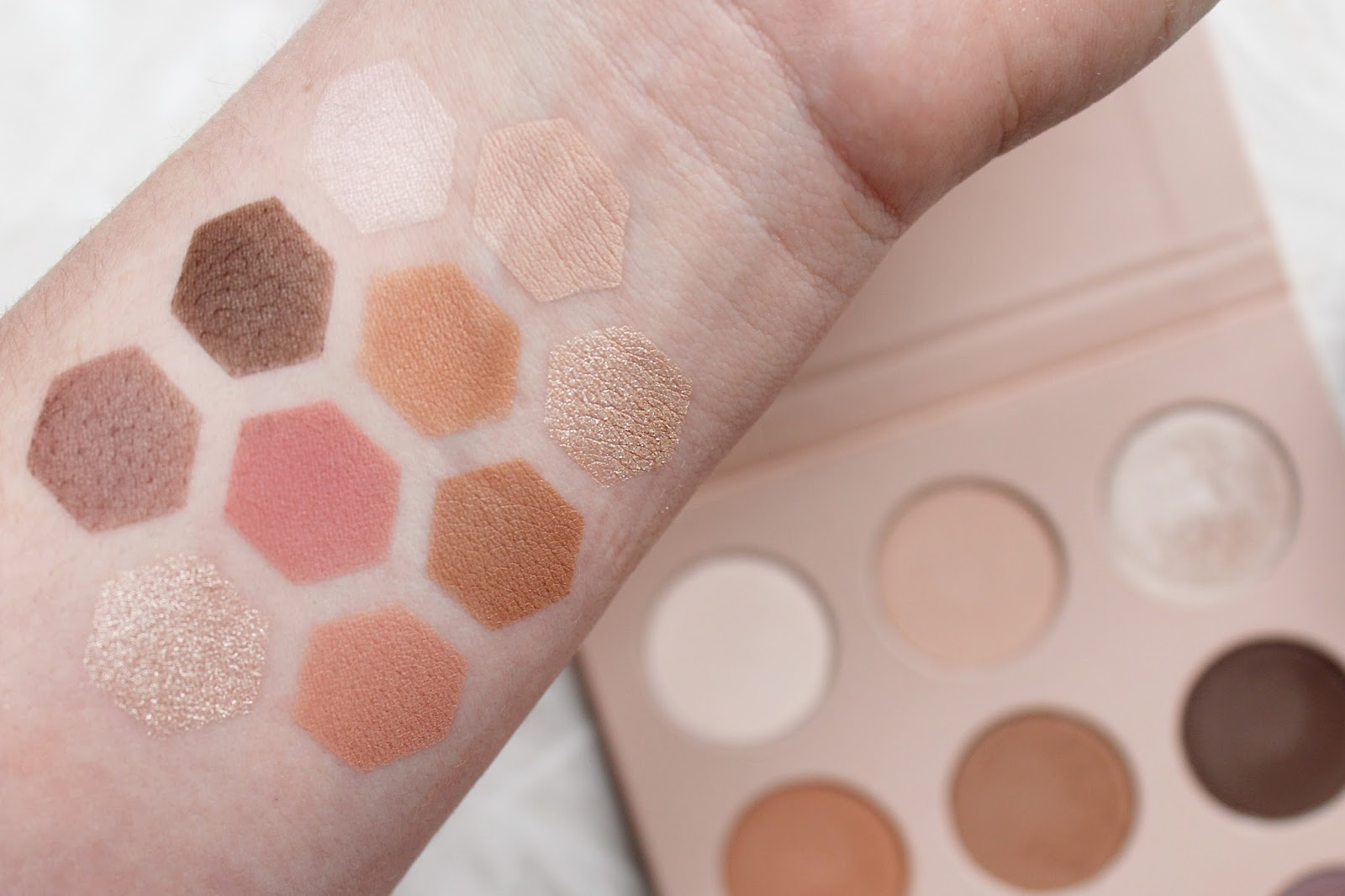 Primark Ps... Nudes Eyeshadow Palette Review (£4!)
