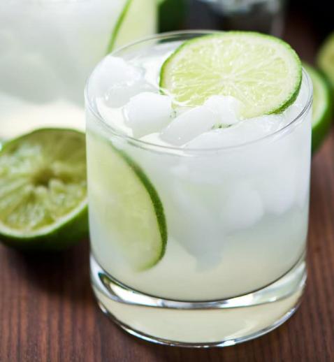 Skinny Champagne Margaritas #healthydrink #margaritas