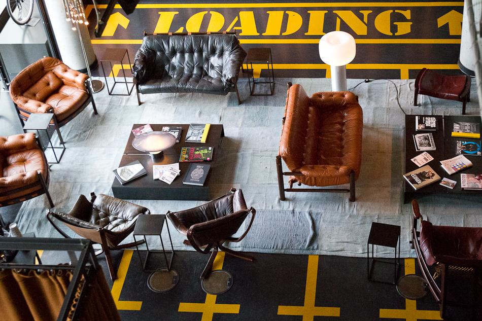25h hotel in hamburg peo ple. Black Bedroom Furniture Sets. Home Design Ideas