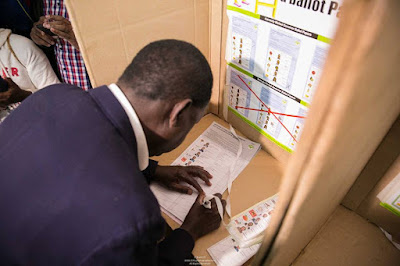 Raila Odinga voting.. PHOTO|FILE