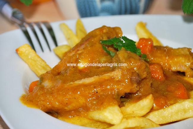 Alitas de pollo en salsa de verduras