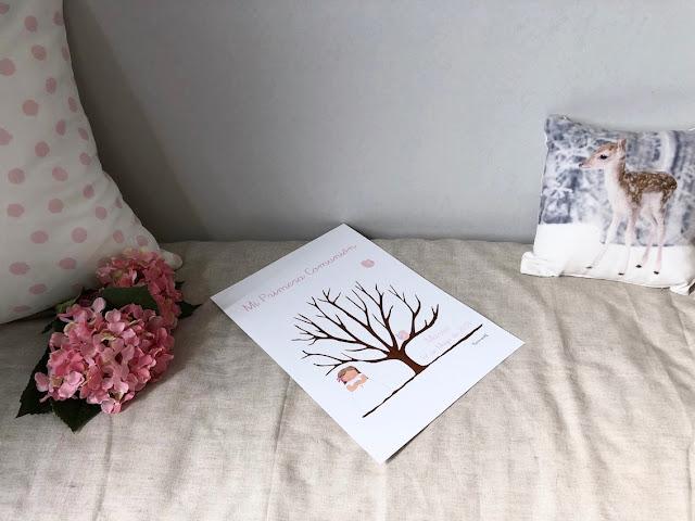 PAPELERÍA PERSONALIZADA PARA PRIMERA COMUNIÓN árbol de huellas