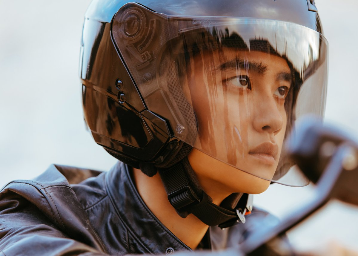 EXO D.O Full of Charisma in 'Don't Mess Up My Tempo' Teaser Album