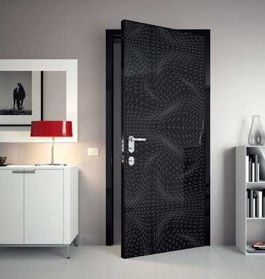 Diseño de puerta color negro con retícula