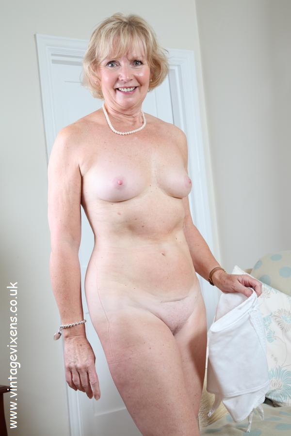 Ladies pictures old naked